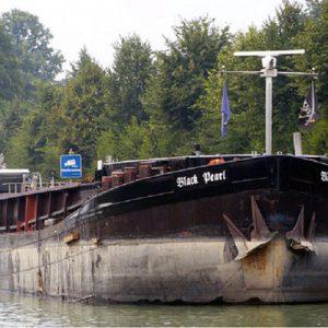 Binnenschiff MS BLACK PERL